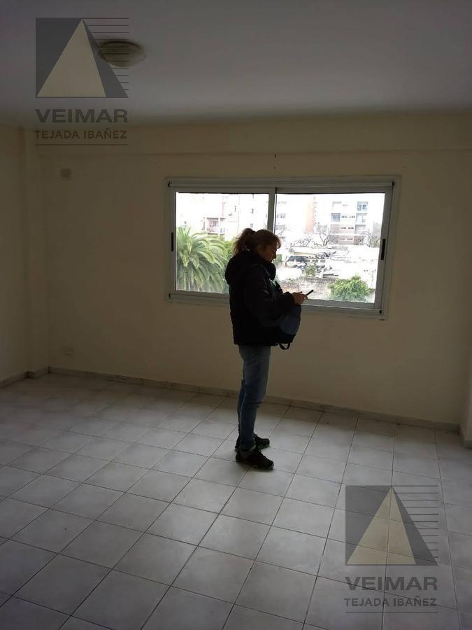 Foto Departamento en Venta en  La Plata,  La Plata  61 e/13 y 14