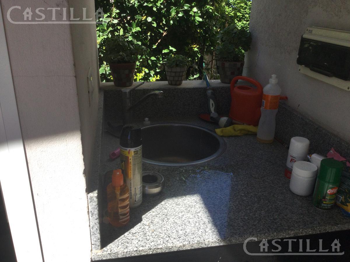 Foto Casa en Venta | Alquiler en  Aranzazu,  Countries/B.Cerrado (Escobar)  Club de Campo Aranzazu