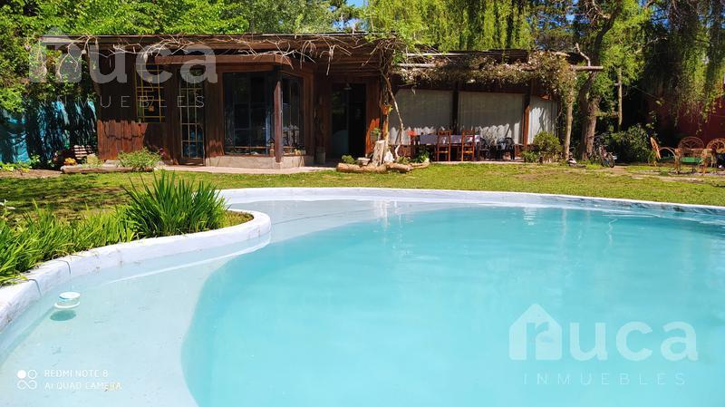 Foto Casa en Venta en  La Bota,  Ingeniero Maschwitz  VENTA | ENCANTADORA CASA en VENTA muy Luminosa con Jardin y Pileta