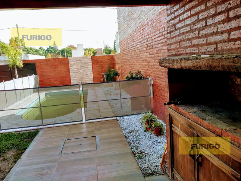 Foto Casa en Venta en  Perez ,  Santa Fe  Pasaje Merlo al 600