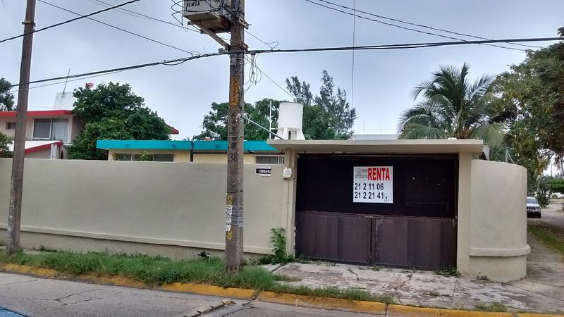 Foto Casa en Renta en  Petrolera,  Coatzacoalcos  Puebla No.101 esquina Chihuahua, colonia Petrolera