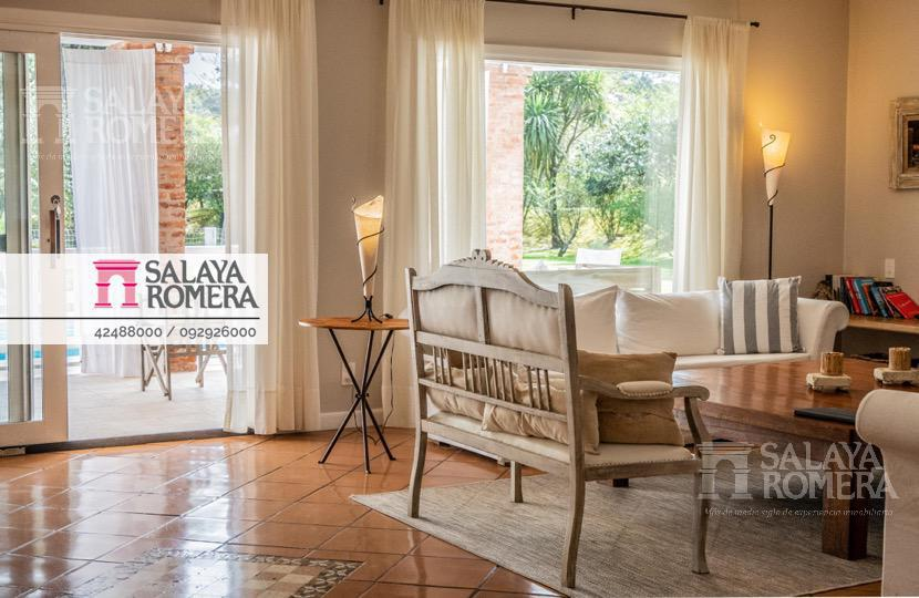 Foto Casa en Venta | Alquiler temporario en  Playa Mansa,  Punta del Este  Venta y Alquiler Espectacular Casa en Playa Mansa