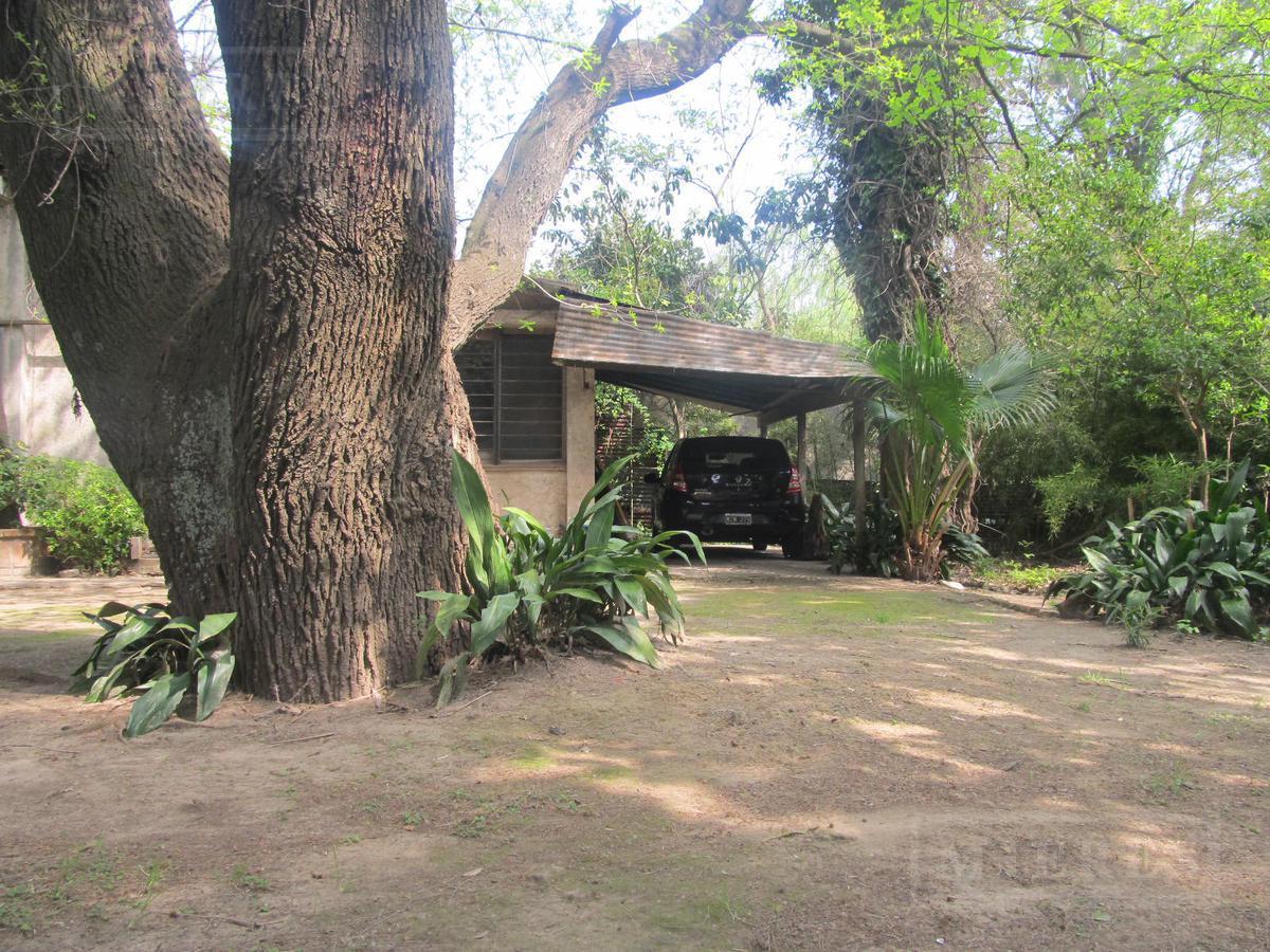 Lote y Casa en Venta en Av. Liniers