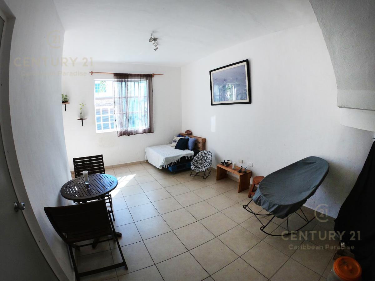 Mundo Habitat House for Sale scene image 2