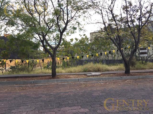 Foto Terreno en Venta en  Jardines en la Montaña,  Tlalpan  Último terreno a la venta en Jardines de la Montaña