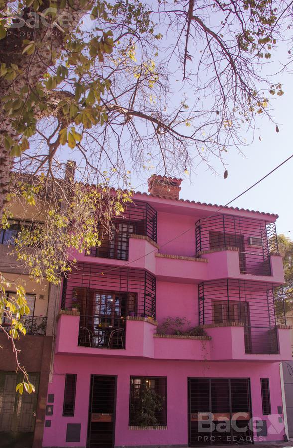 Foto Casa en Venta en  Martin,  Rosario  Chacabuco al 1600
