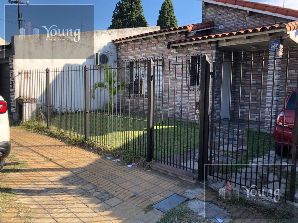 Foto Casa en Venta en  Bernal Oeste,  Quilmes  dardo rocha al 100