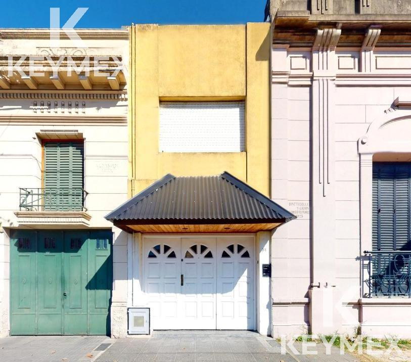 Foto Casa en Venta en  La Plata ,  G.B.A. Zona Sur  Calle 1 entre 32 y 33