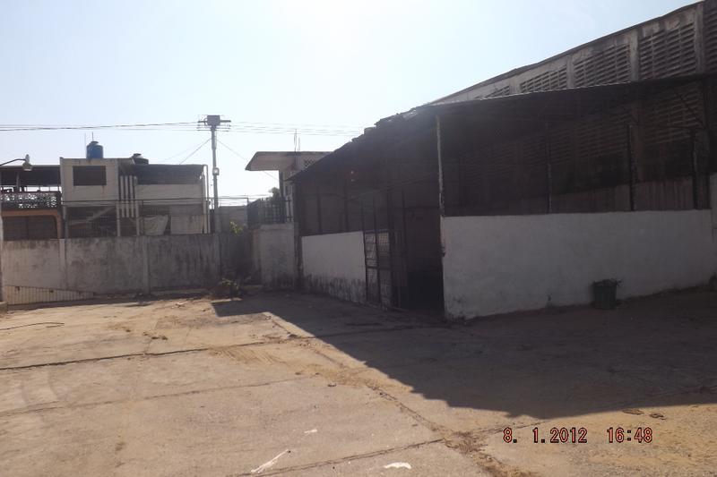Foto Local en Renta en  Renacimiento,  Acapulco de Juárez  Bodega en renta Ciudad Renacimiento