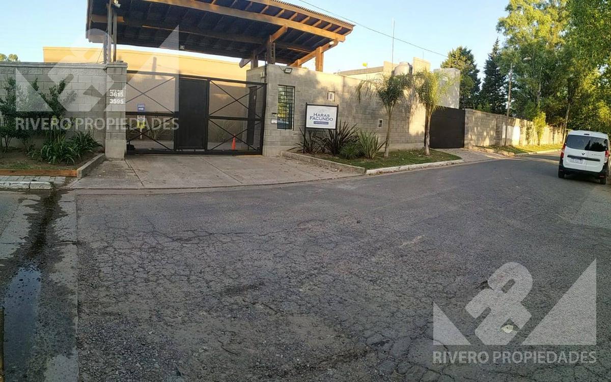 Foto Terreno en Venta en  Barrio Parque Leloir,  Ituzaingo  FITZ ROY al 3500