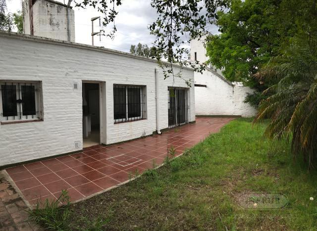 Foto Local en Alquiler en  Jardin Espinosa,  Cordoba  Richieri al 3500