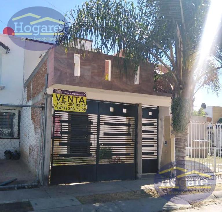 Casa Venta excelentes condiciones Paseos de la Castellana Zona Sur León Gto