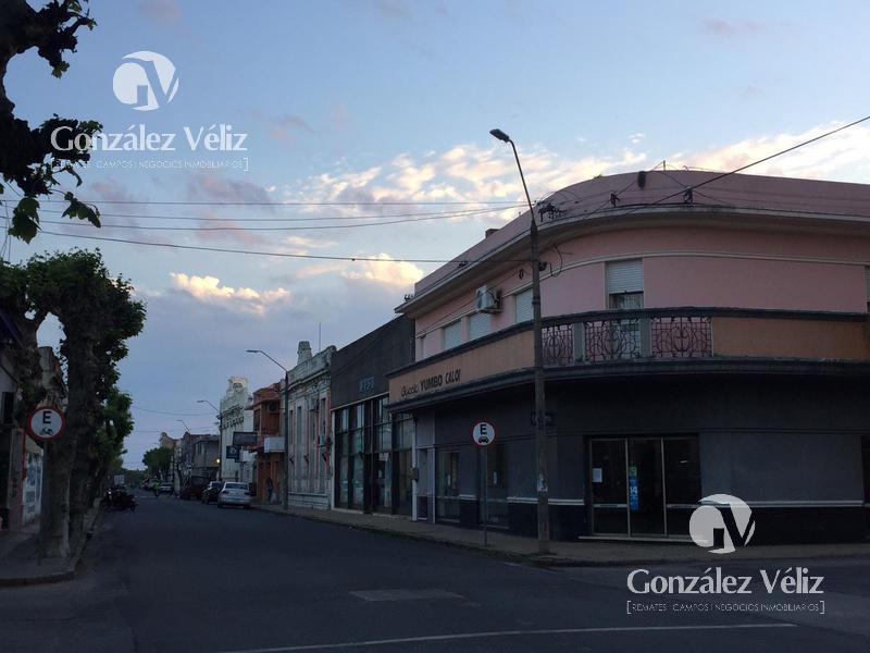 Foto Local en Alquiler en  Carmelo ,  Colonia  Zorrilla esquina 18 de Julio