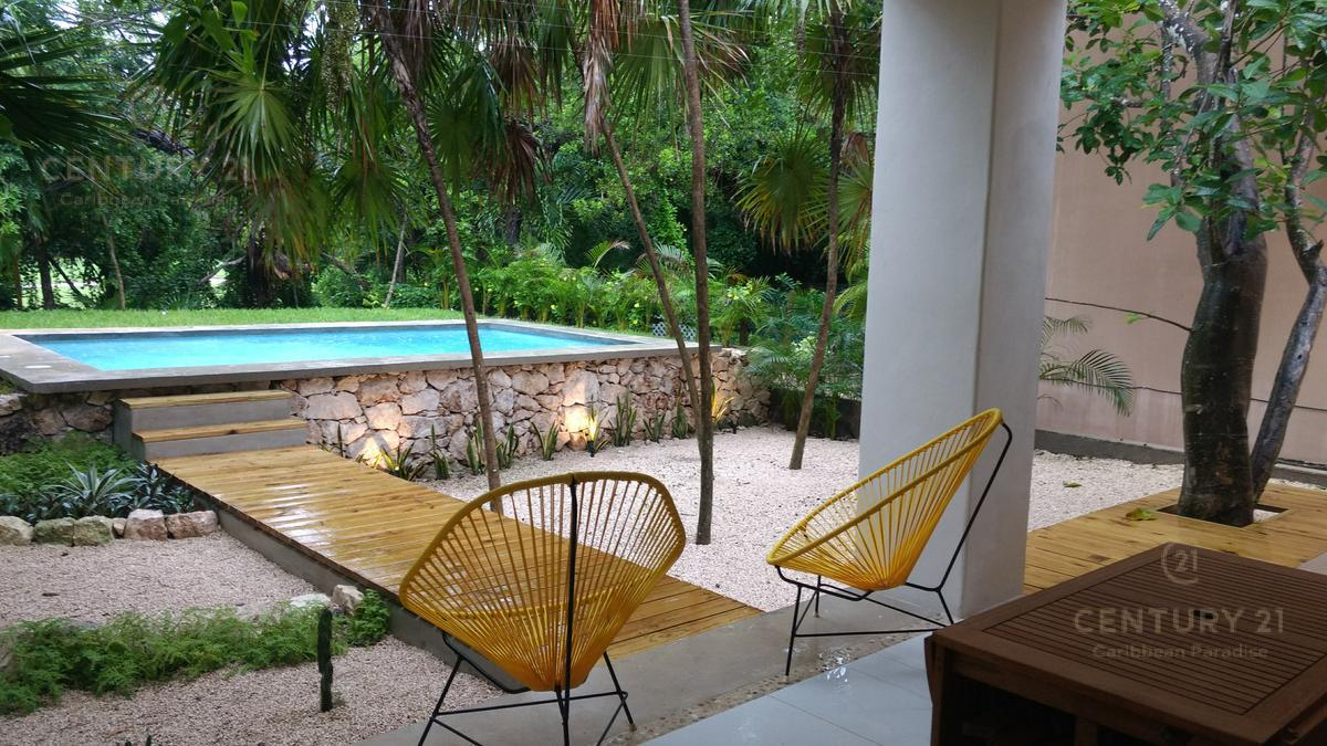 Foto Casa en Venta en  Puerto Aventuras,  Solidaridad                  Hermosa nueva casa con vista al campo de Golf – Puerto Aventuras    P2990