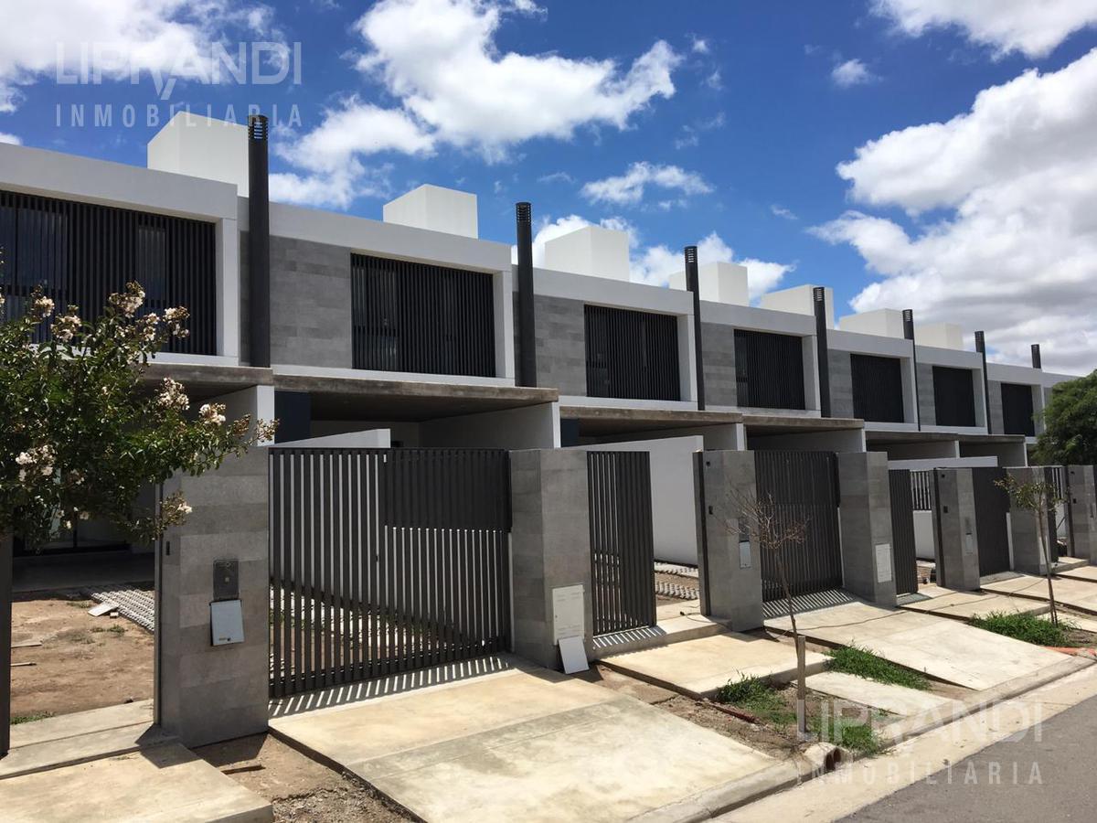 Foto Casa en Venta en  Miradores de Manantiales,  Cordoba Capital  Av. DONOSA