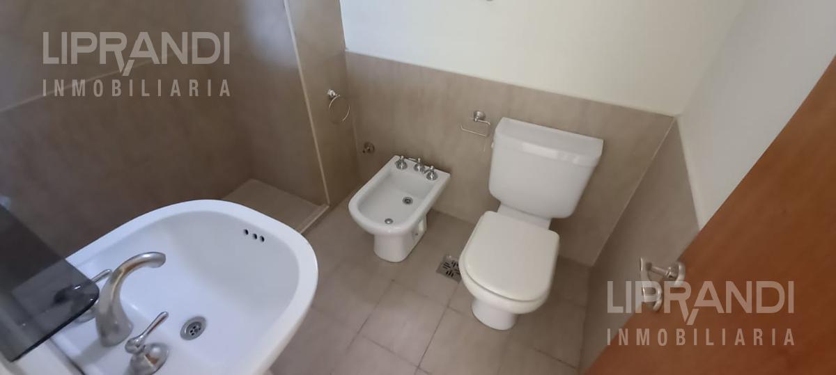 Foto Departamento en Alquiler en  Alberdi,  Cordoba  PASO DE LOS ANDES 78 - LUMINOSO - APTO MASCOTAS