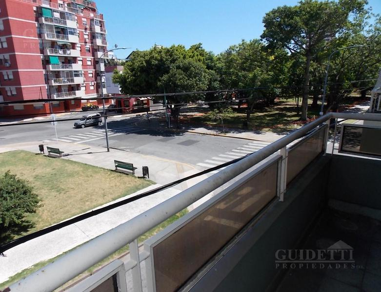 Foto Departamento en Alquiler |  en  Saavedra ,  Capital Federal  García del Río al 2800
