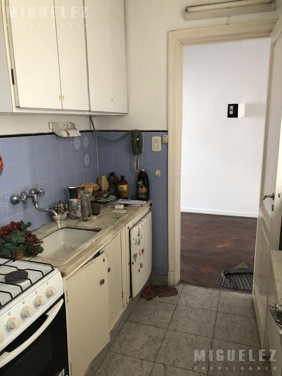 Foto Departamento en Venta en  San Telmo ,  Capital Federal  departamento en venta san telmo, VENEZUELA 451, 5TO C