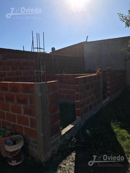 Foto Casa en Venta en  General Rodriguez ,  G.B.A. Zona Oeste  Peru al 100