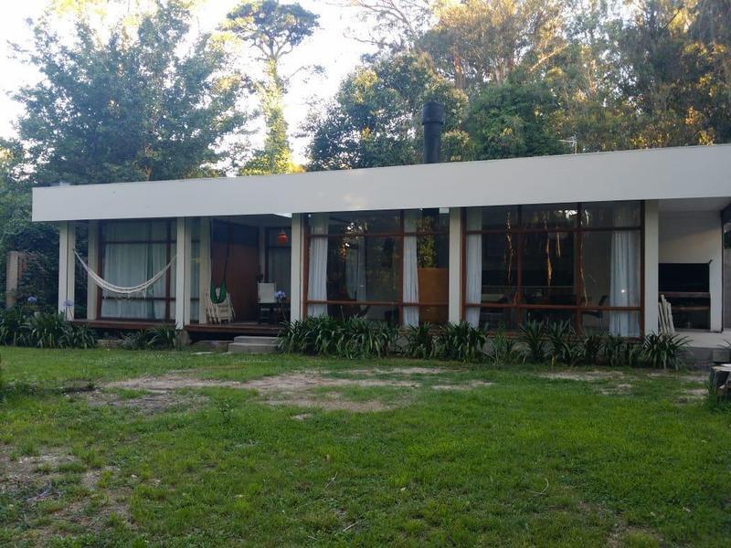 Foto Casa en Venta en  Bosque Peralta Ramos,  Mar Del Plata  Las Margaritas y Los  Pilagas