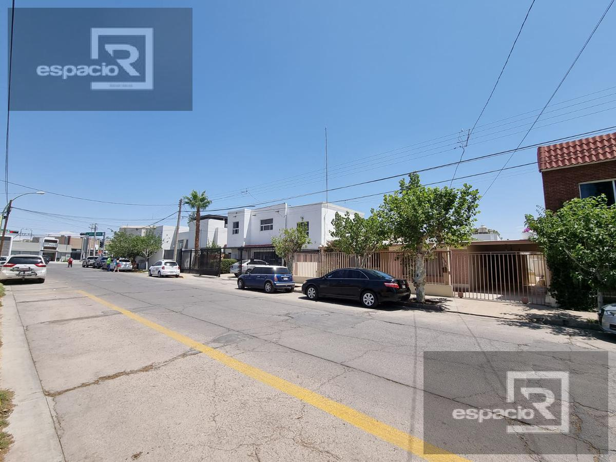 Foto Casa en Venta en  Ampliacion Ampliación Parques de San Felipe,  Chihuahua  CASA EN VENTA DE UNA PLANTA EN SAN FELIPE IDEAL PARA NEGOCIO