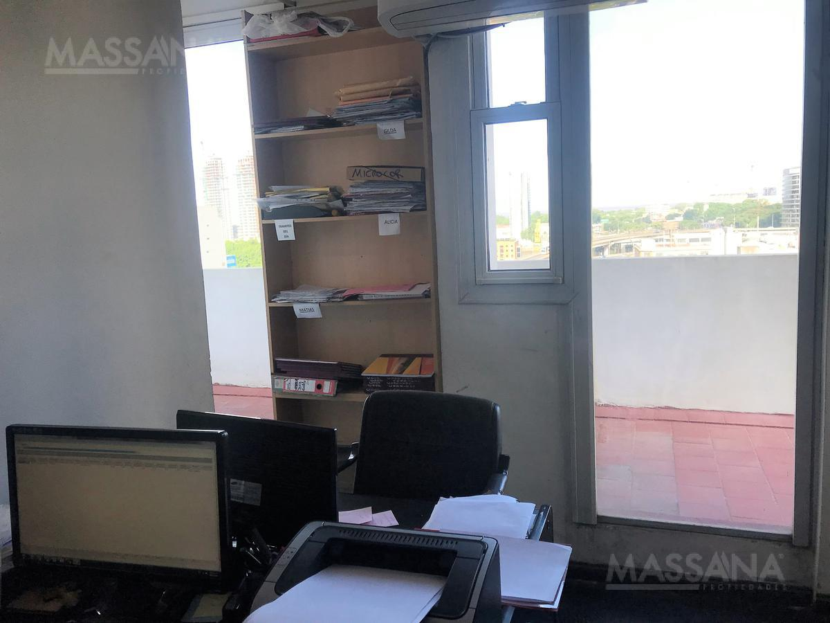 Foto Oficina en Venta en  San Telmo ,  Capital Federal  BALCARCE al 1200