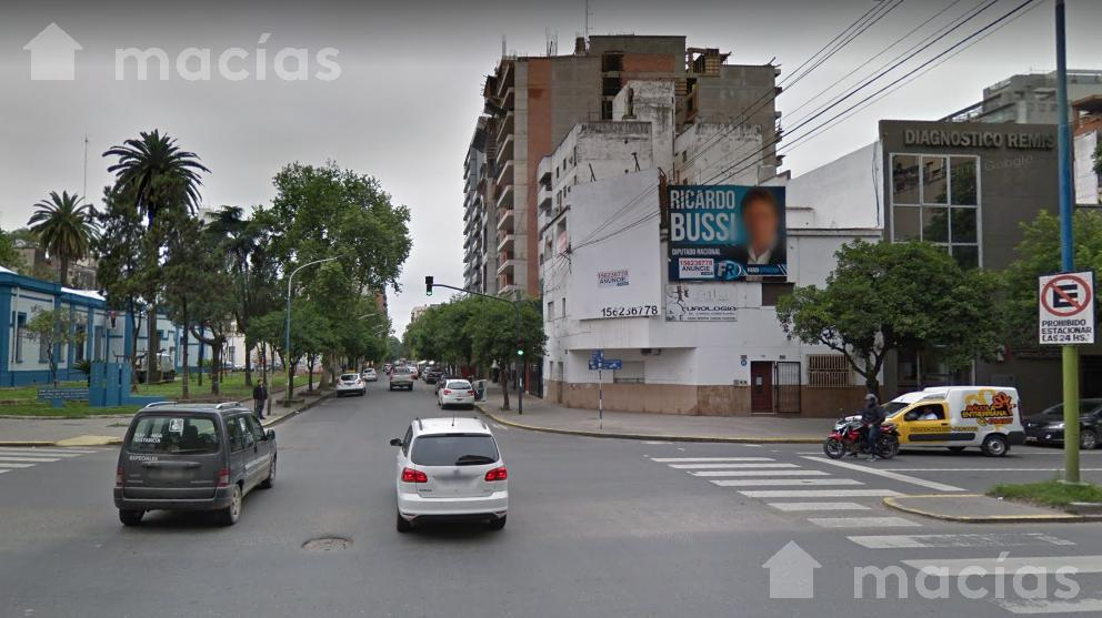 Foto Local en Venta en  Capital ,  Tucumán  Salta y santa fe