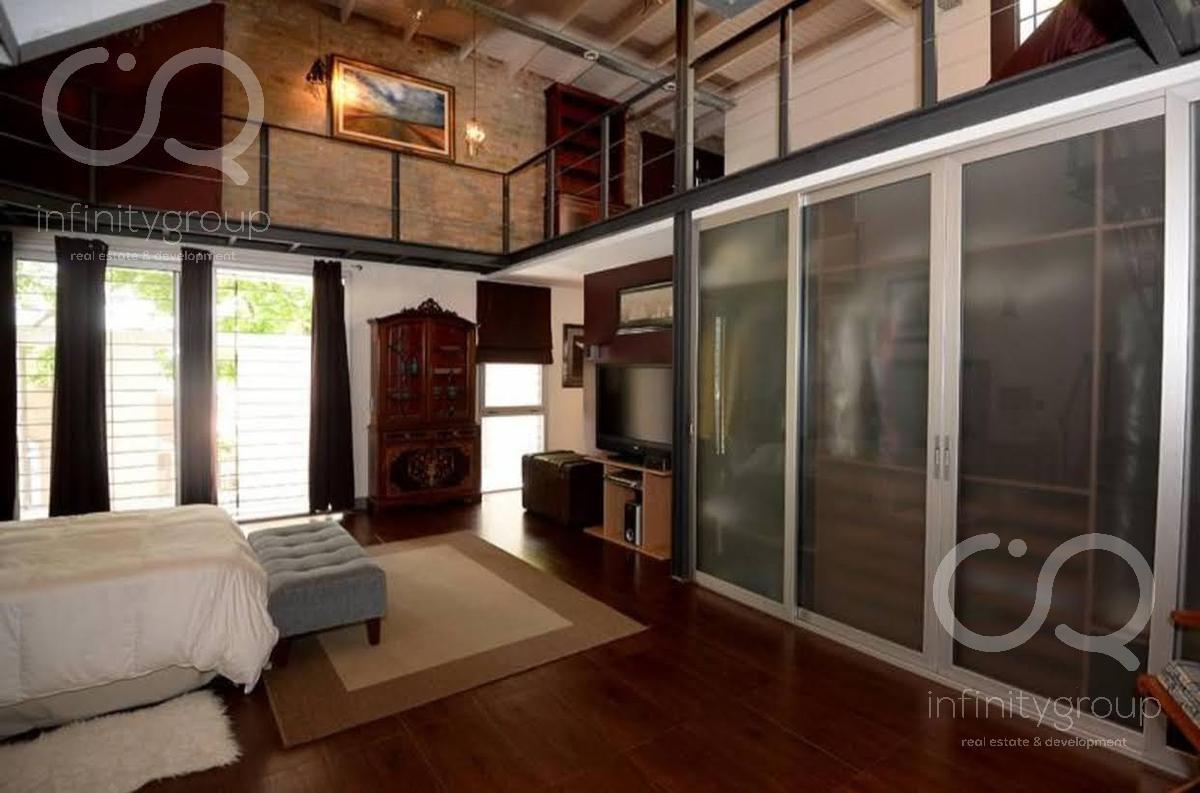 Foto Casa en Venta en  Parque Chas,  Villa Urquiza  Única - Casa tipo Loft