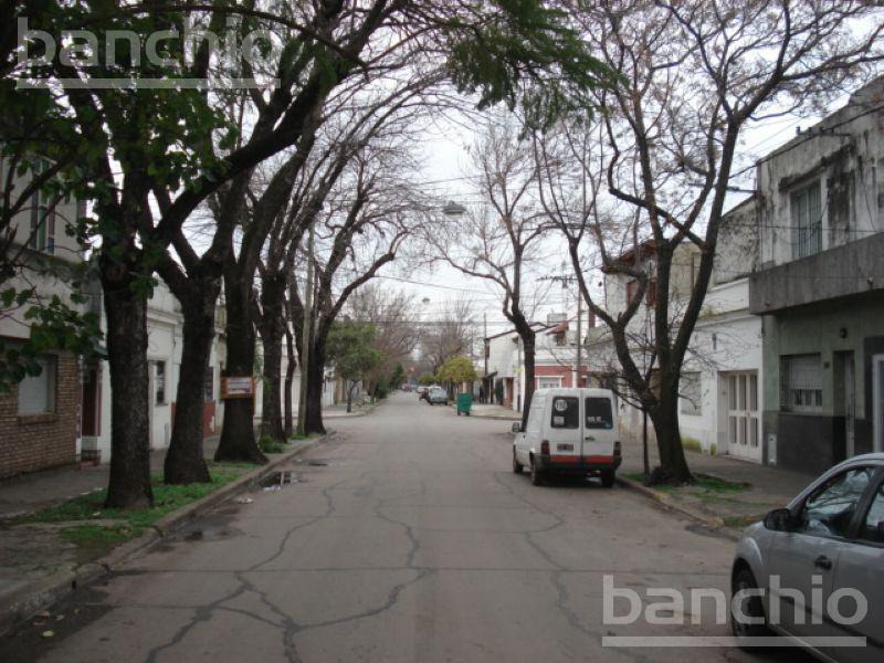 LEIVA al 5100, Rosario, Santa Fe. Venta de Casas - Banchio Propiedades. Inmobiliaria en Rosario