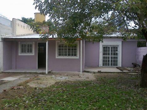 Foto Casa en Venta en  Lomas De Zamora,  Lomas De Zamora  Manuel De Falla al 500