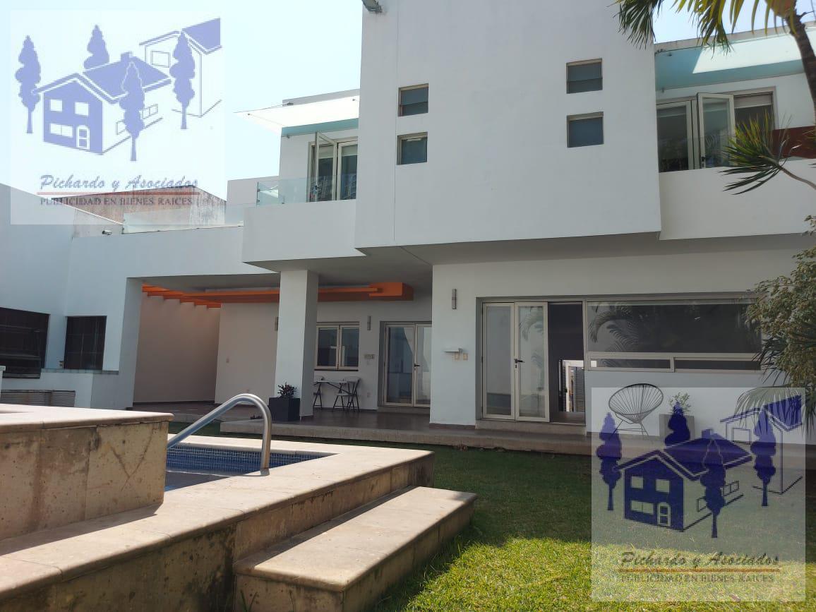Foto Casa en Venta en  Fraccionamiento Villas del Lago,  Cuernavaca  Villas del Lago