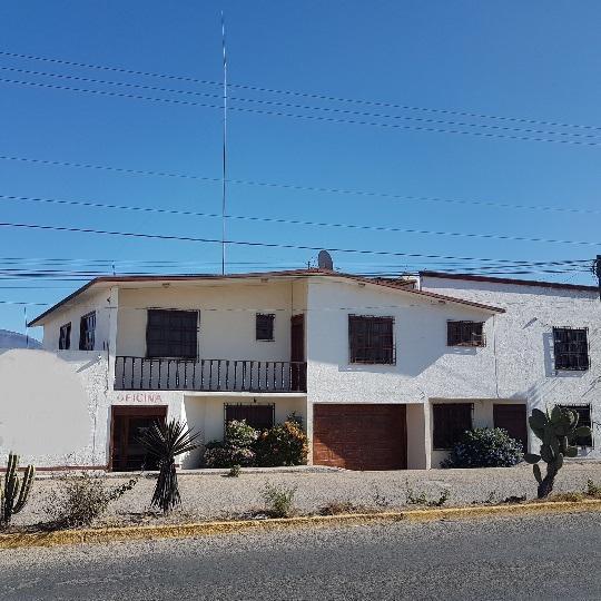 Foto Casa en Renta en  Tlacolula de Matamoros Centro,  Tlacolula de Matamoros   CASA sobre carret. Internacional 500 metros antes de entrada a Tlacolula. P/ oficina - negocio - residencia