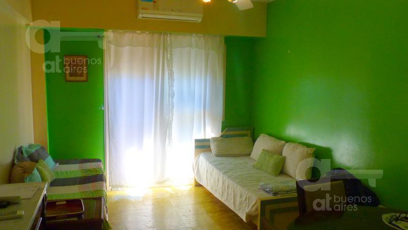 Foto Departamento en Alquiler temporario en  Recoleta ,  Capital Federal  M. T de Alvear 1467, 11 Dto. 47