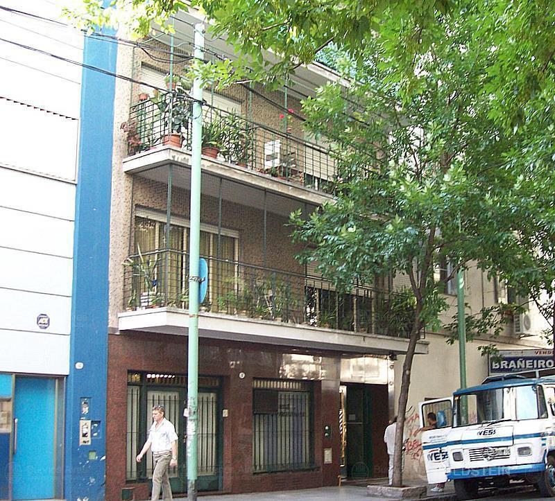 Foto Departamento en Venta en  Almagro ,  Capital Federal  Billinghurst al 100