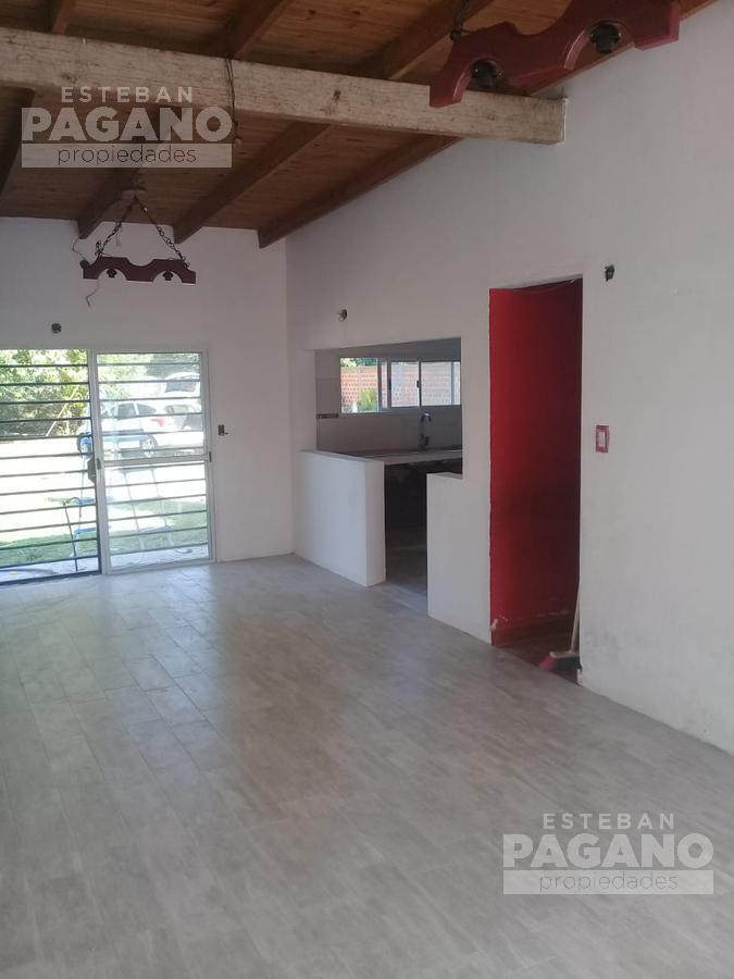 Foto Casa en Venta en  Villa Elvira,  La Plata  90 e 14 y 15