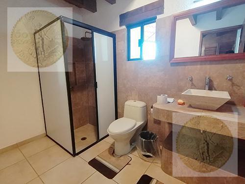 Foto Casa en Venta en  Fraccionamiento El Pedregal,  Tequisquiapan  En zona exclusiva