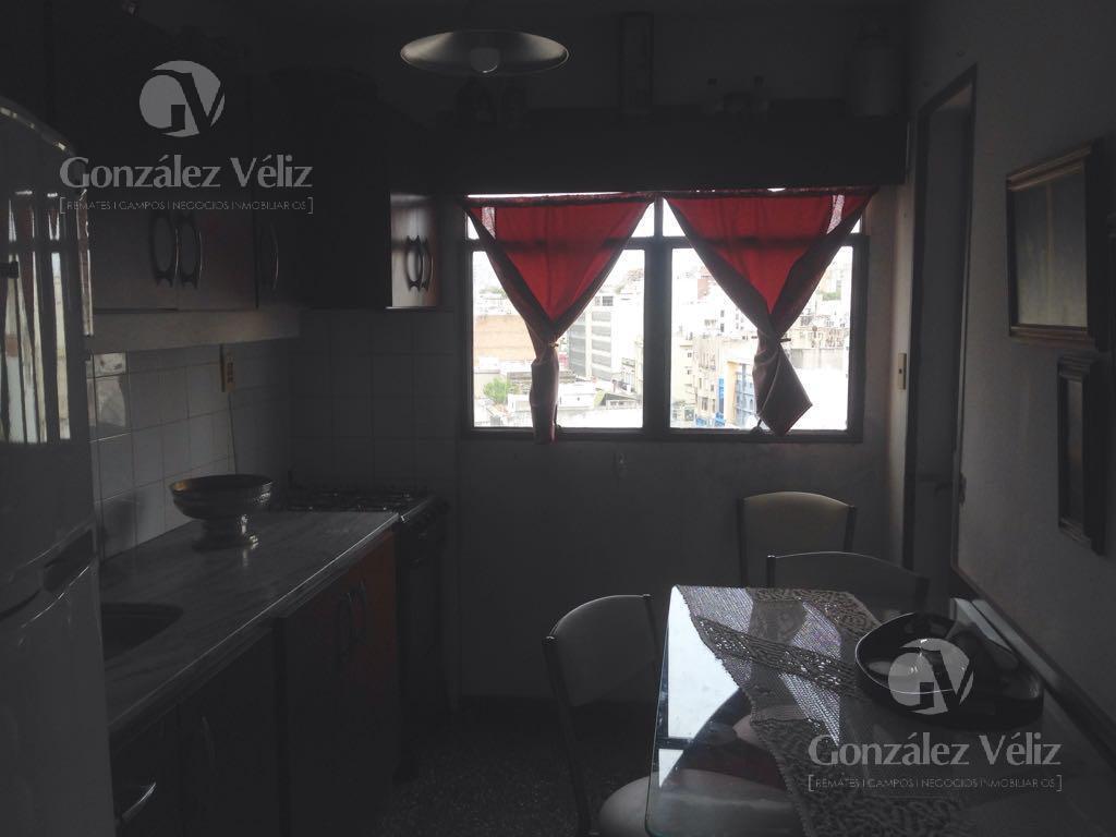 Foto Apartamento en Alquiler en  Centro,  Montevideo  Av. Libertador y Cerro Largo