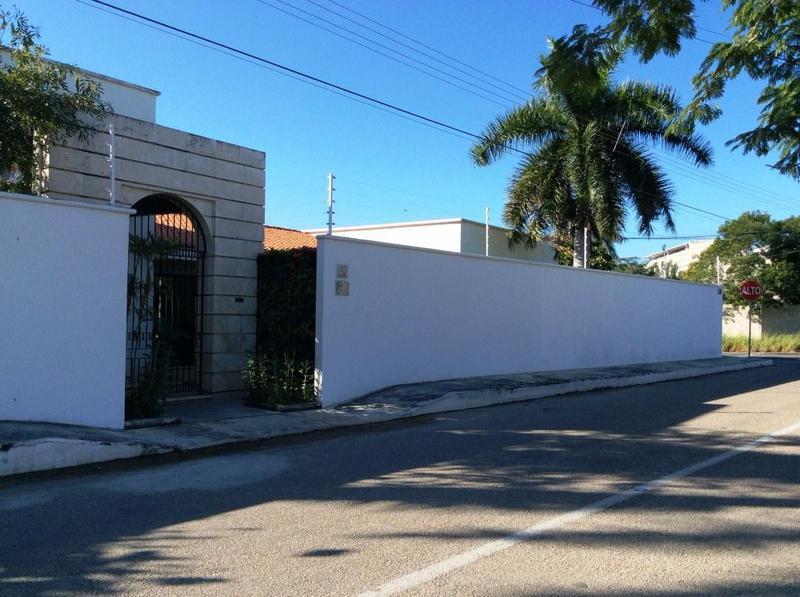 Residencia de 1 piso en esquina en Venta  en Montes de Amé