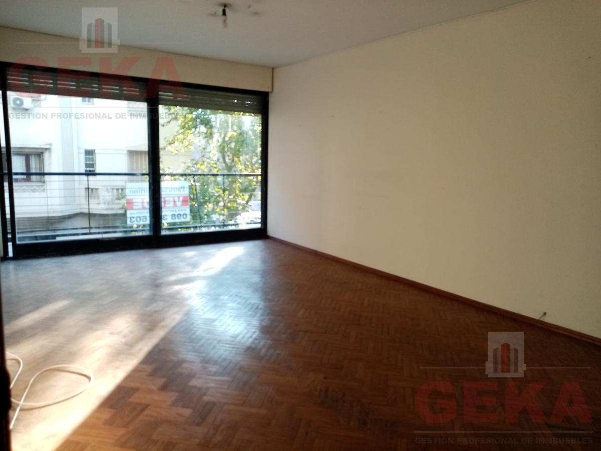 Foto Apartamento en Venta en  Cordón ,  Montevideo  18 de Julio al 2100