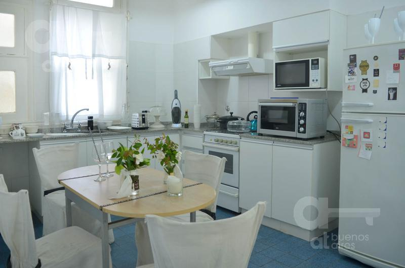 Foto Departamento en Venta en  San Telmo ,  Capital Federal  Defensa al 600, piso 3