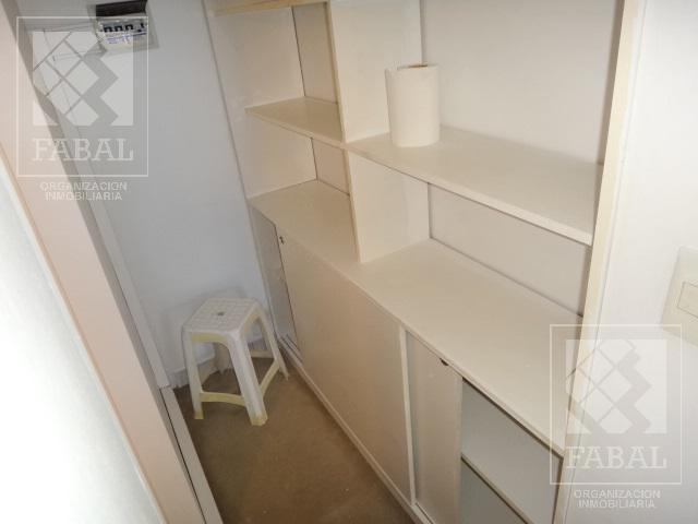Foto Oficina en Alquiler | Venta en  Capital ,  Neuquen  Alcorta 36