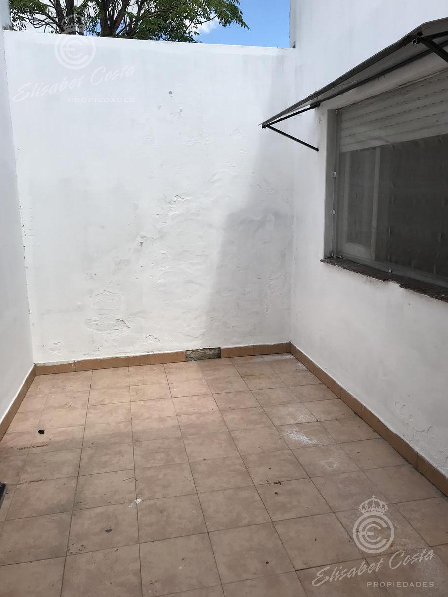 Foto PH en Alquiler en  Gerli,  Avellaneda  Campichuelo al 1400
