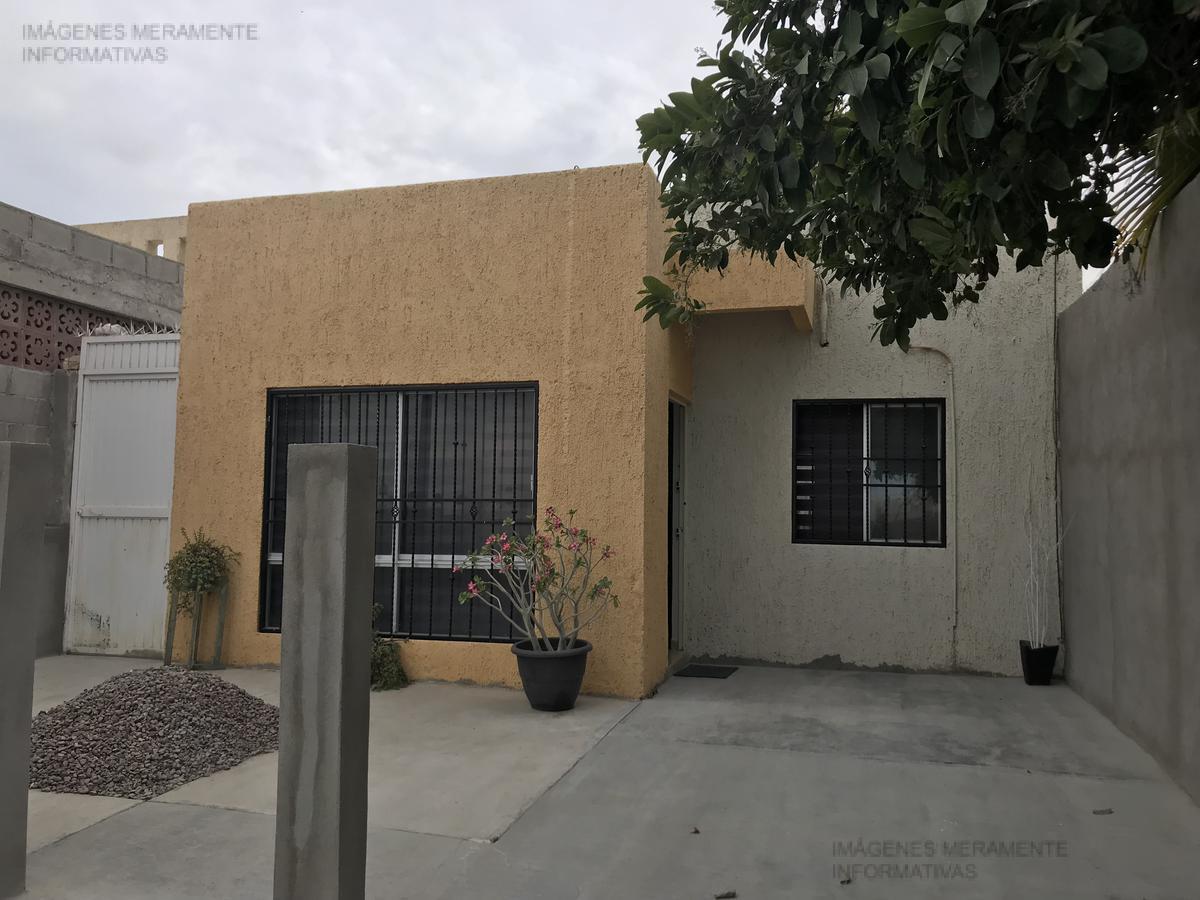 Foto Casa en Venta en  Paraíso del Sol,  La Paz  Casa Santa Barbara