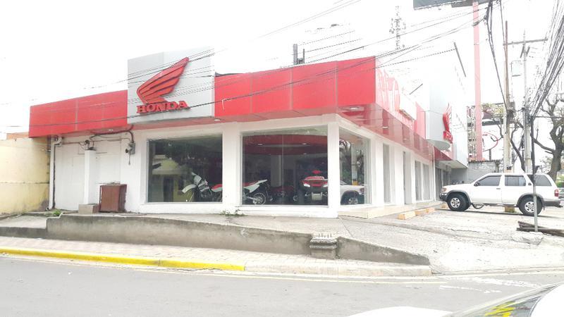 Foto Local en Renta en  Boulevard Morazan,  Tegucigalpa  Amplio  Local Comercial En Boulevard Morazan, Tegucigalpa