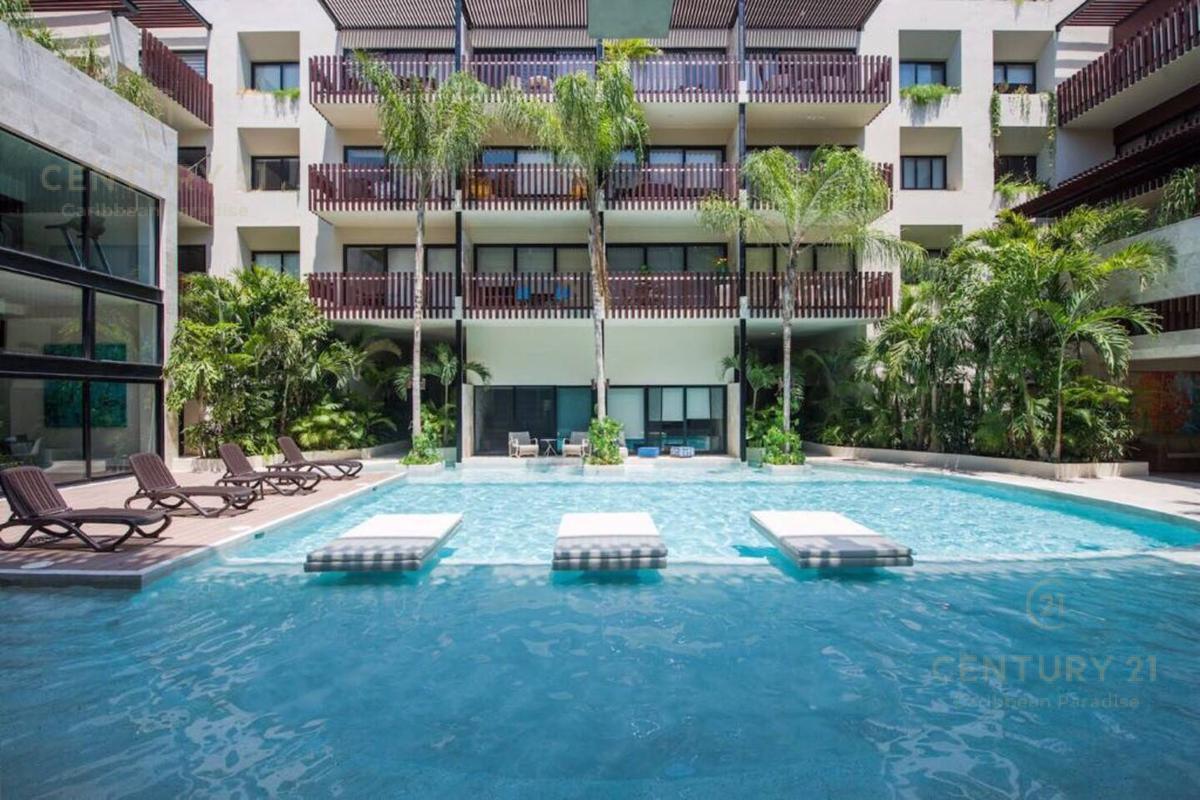 Foto Departamento en Renta en  Playa del Carmen ,  Quintana Roo            En renta espectacular departamento 2 recámaras y 2 baños, sobre la Av. Constituyentes. a pasos de la 5ta. Av. Condominio  PALMARES, Playa del Carmen    P2973