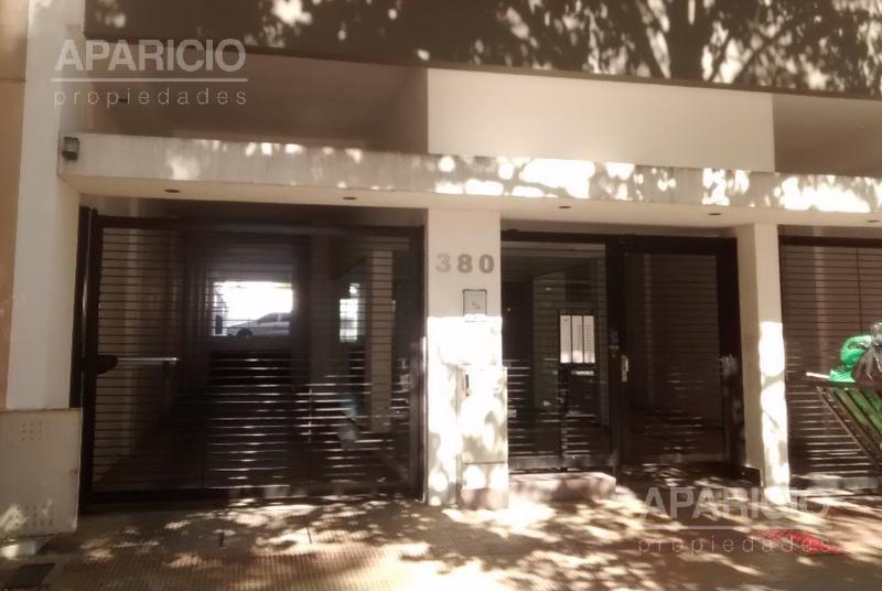 Foto Cochera en Alquiler en  La Plata ,  G.B.A. Zona Sur  60 entre 2 y 3