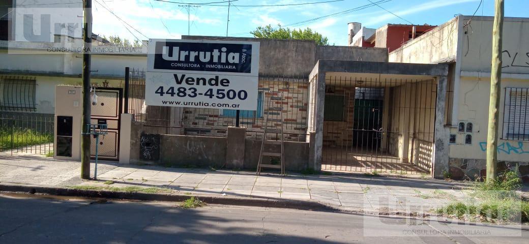 Foto Casa en Venta en  Moron ,  G.B.A. Zona Oeste  2da Sarmiento al 300