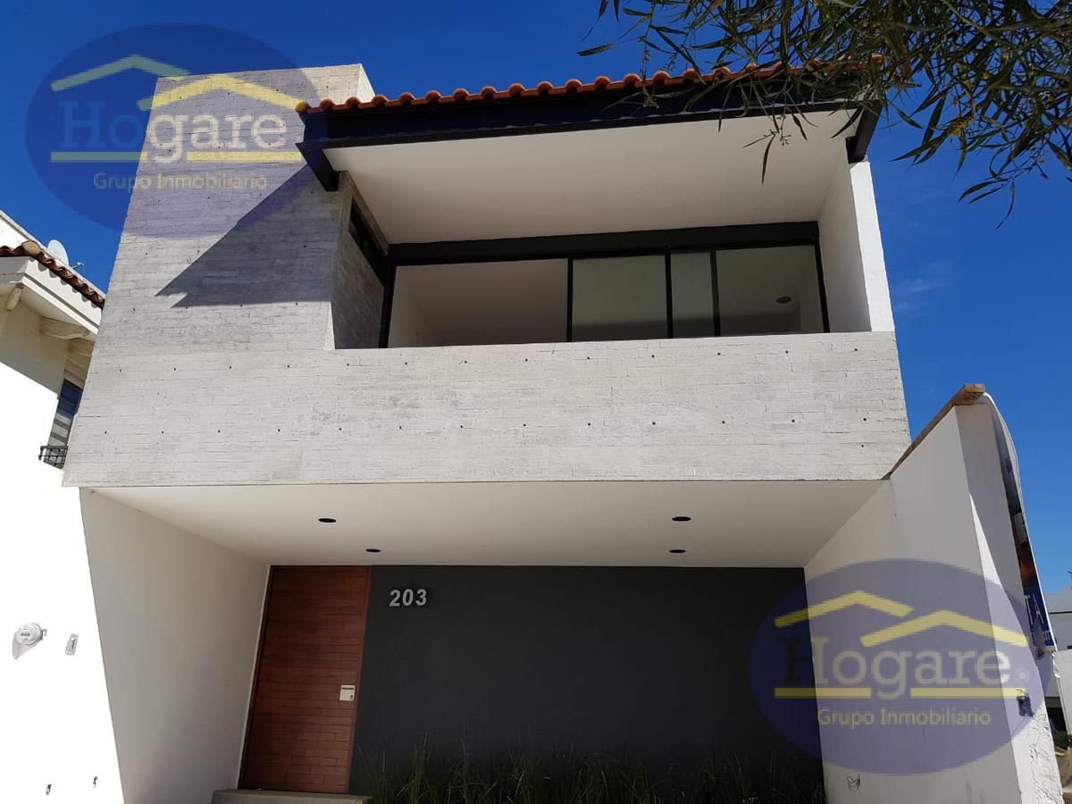 Hermosa casa en renta Fraccionamiento Mayorazgo León Gto.