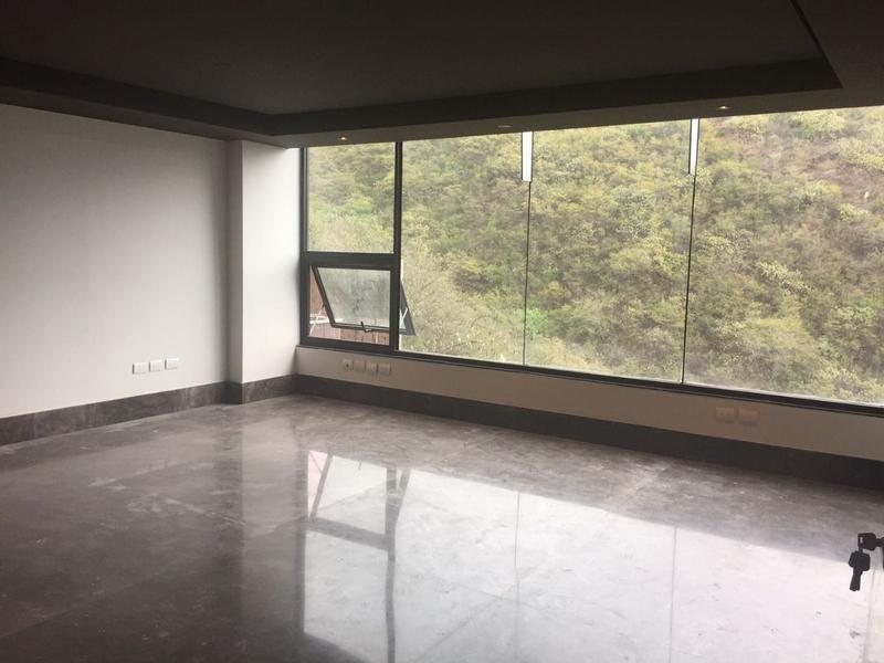 Foto Oficina en Venta en  Vista Real,  San Pedro Garza Garcia  OFICINA EN VENTA VALLE ORIENTE VISTA REAL