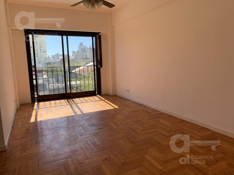 Foto Departamento en Venta en  San Cristobal ,  Capital Federal  Av. Garay al 2000